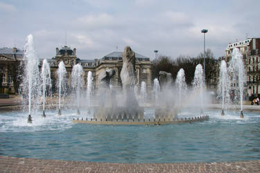 Lille Fountain by UkoDragon