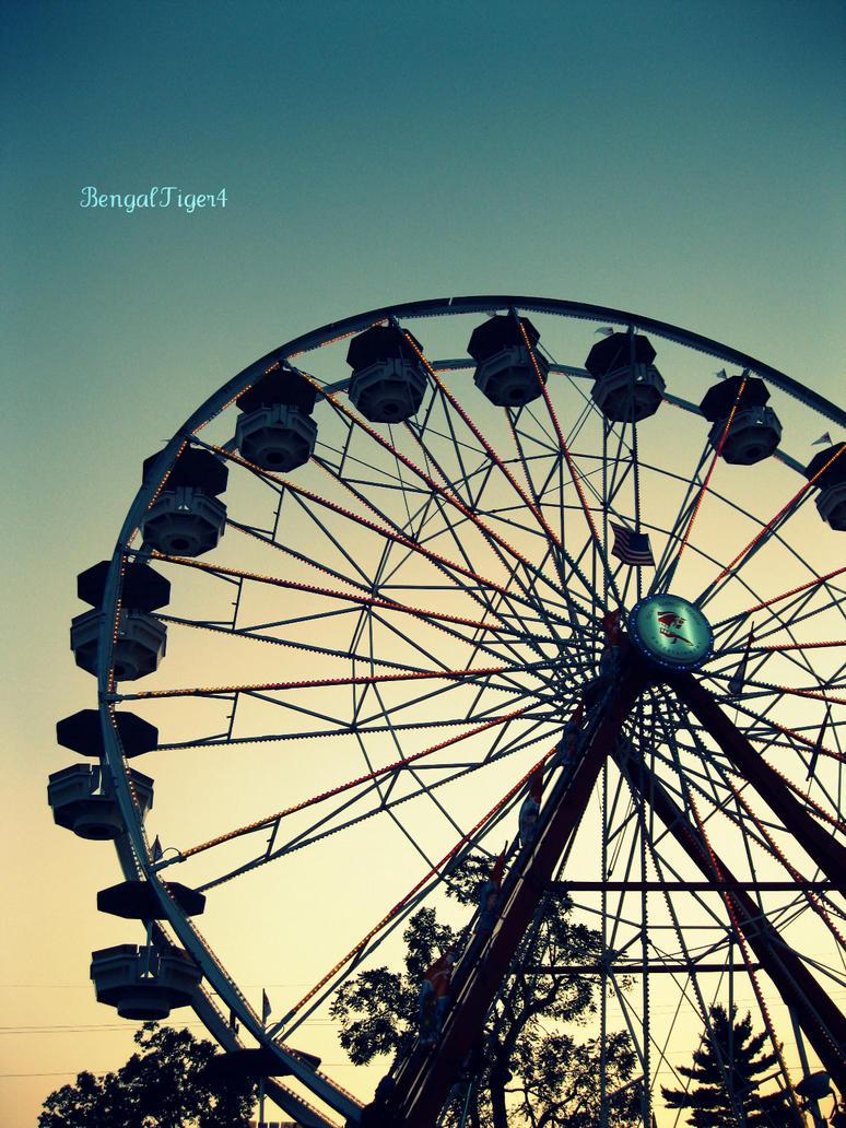 Ferris Wheel by BengalTiger4