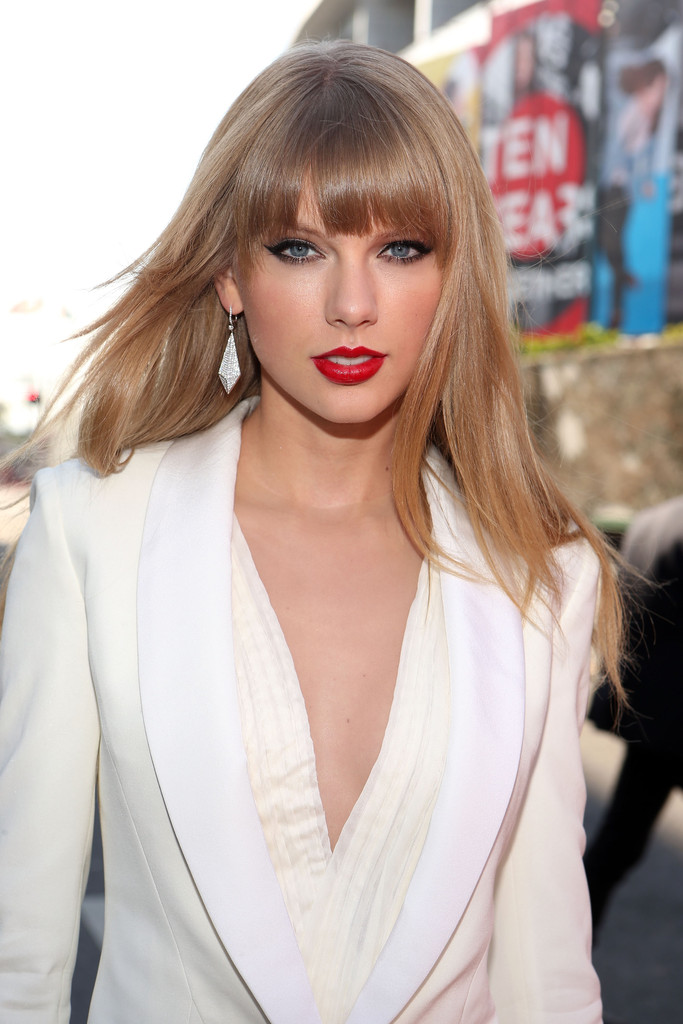 Taylor swift straight long hair 4 by taylorswifttribute on deviantart taylor swift straight long hair 4 by taylorswifttribute voltagebd Image collections