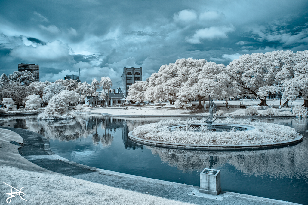 Victoria Park Pond 2, USyd - Infrared by SteveCampbell