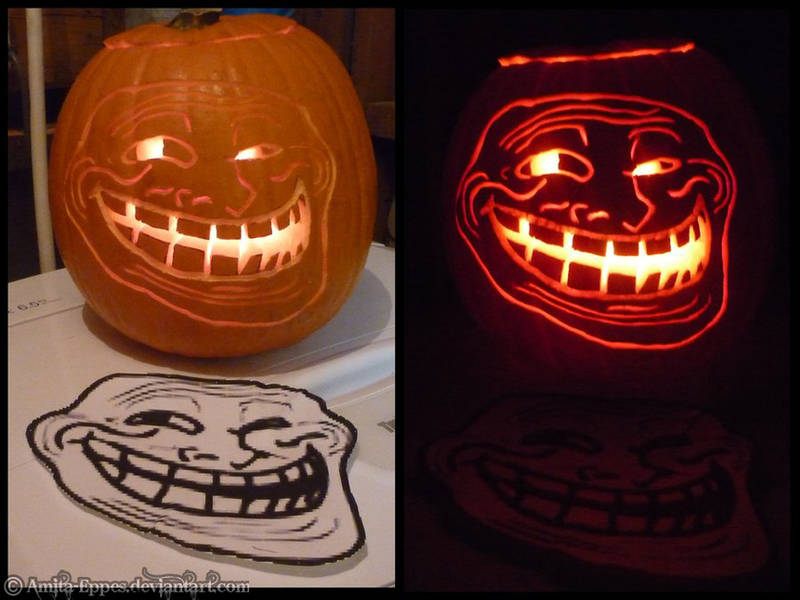 Troll Face Pumpkin by Amita-Eppes