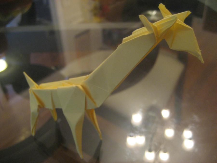 Origami Giraffe by musicmixer112