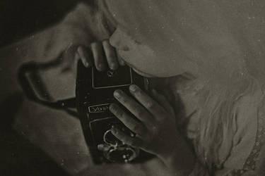 my dark room hears my screams * by AlicjaRodzik