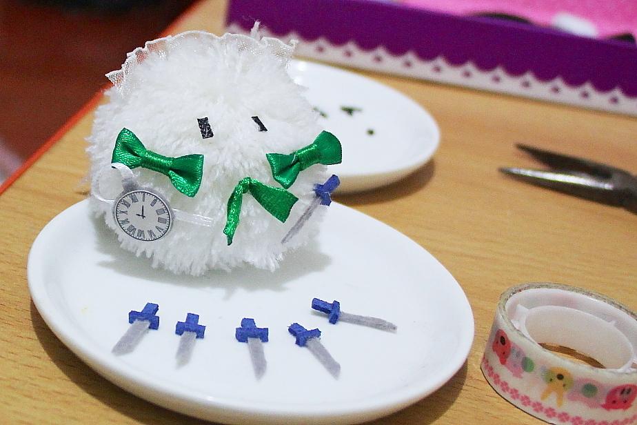 TOUHOU project sakuya fur ball by Ddashu
