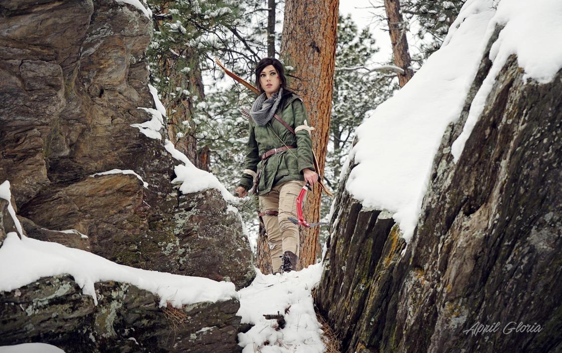 Lara Croft: Rise of the Tomb Raider cosplay by aprilgloriacosplay