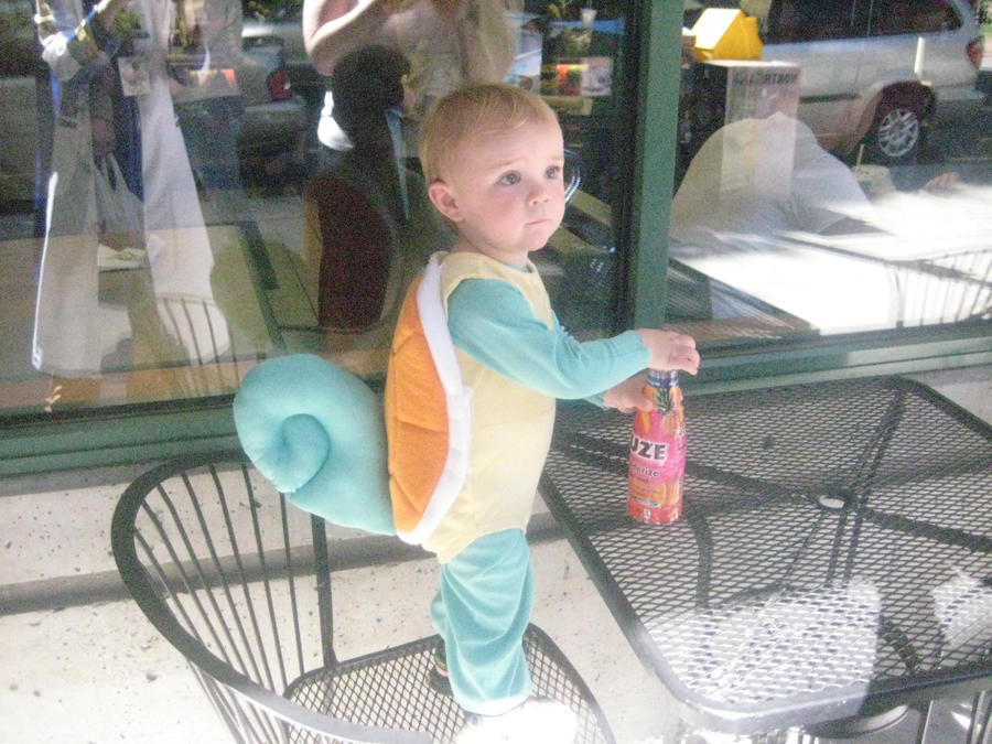 baby squirtle by xXDEVIANT-RAINBOWXx
