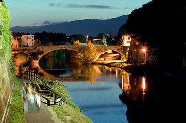 Prato, the riverside by night