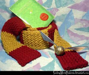 Gryffindor Scarf 1 + Quidditch n Snitch by SmilingMoonCreations