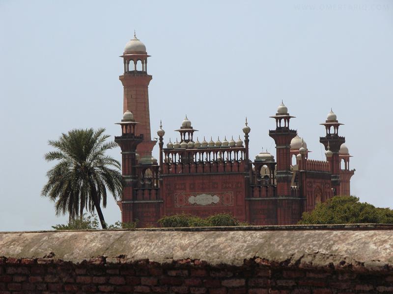 Badshai Mosque by OmerTariq