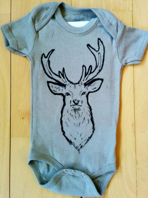 Deer onesie print by Giesji