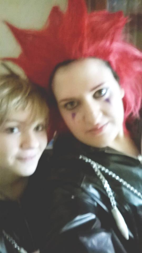 Axel and Roxy cosplay by Laurabiersack