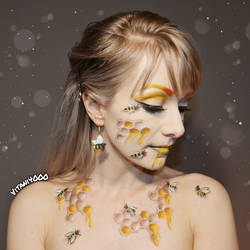 Queen Bee 2 - Body paint by Vitani4000