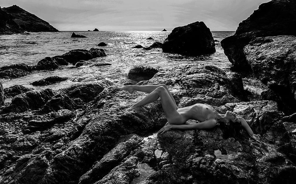 EL coast by cenevols