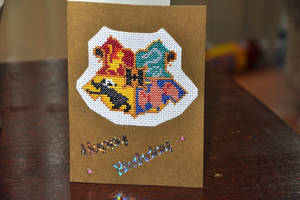 Hogwarts Crest by VickitoriaEmbroidery