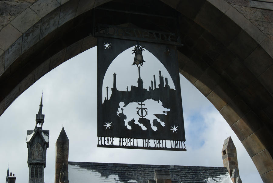 HOGSMEADE by geniebeans