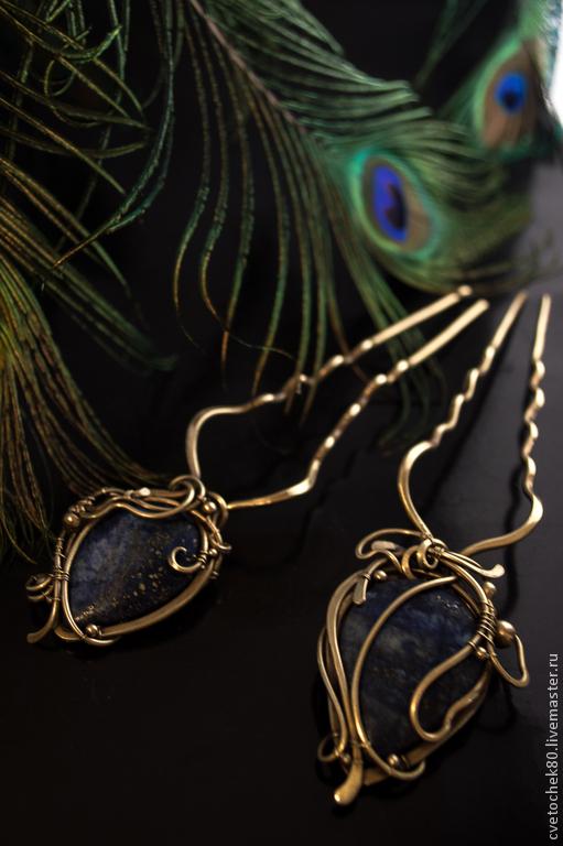 Studs with stone lapis lazuli. wire wrap by DARiyaKUTEPOVA