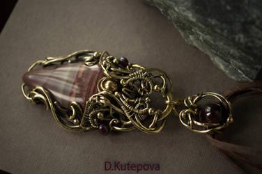 pendant jewelru by DARiyaKUTEPOVA