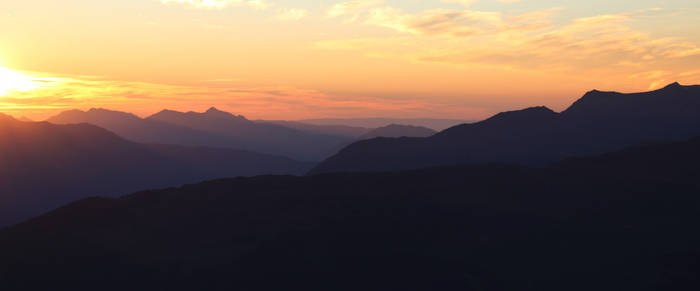 Descending Horizon by BaptisteWSF