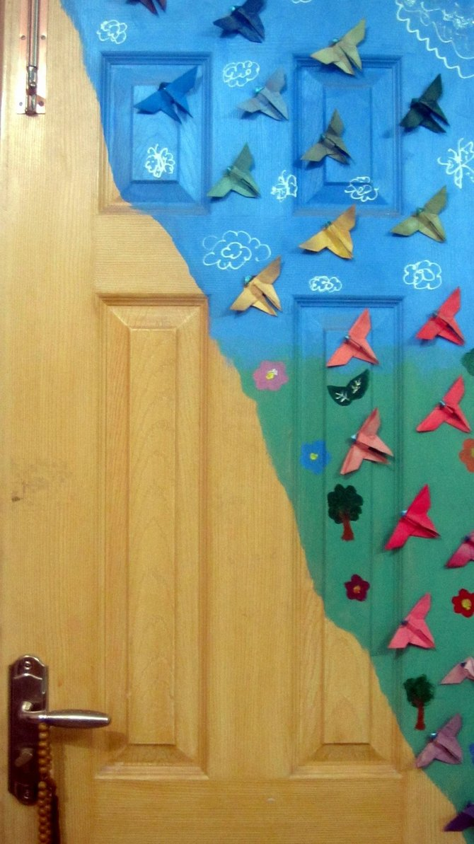 Origami butterfly door decor by Amaris-the-Werewolf on ... - photo#2