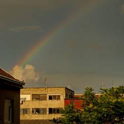 Cloud shooting rainbow by rafinerija
