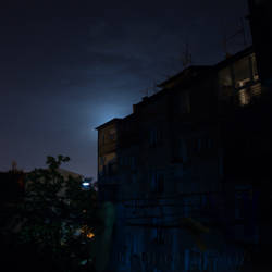 Shy Moon by rafinerija