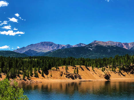 Pikes Peak lake