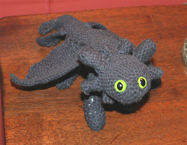 Toothless Crochet Pose 1 by shortyowly on DeviantArt