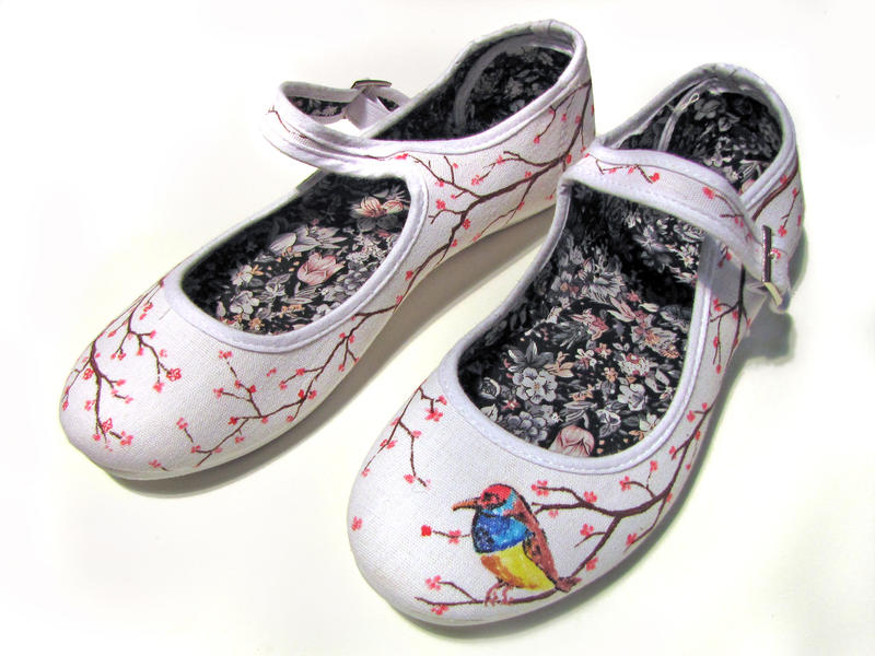 womens painted canvas shoes by fadomlord on deviantart