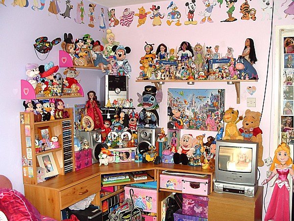 My Disney Bed Room By Aveen2009 ...