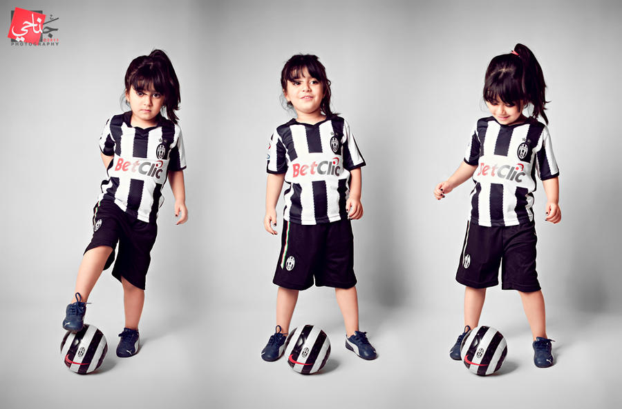 online store 417f3 55772 Hello , pics of my baby [ boy & girl ] in Juventus shirt ...