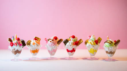 Miniature Sundaes