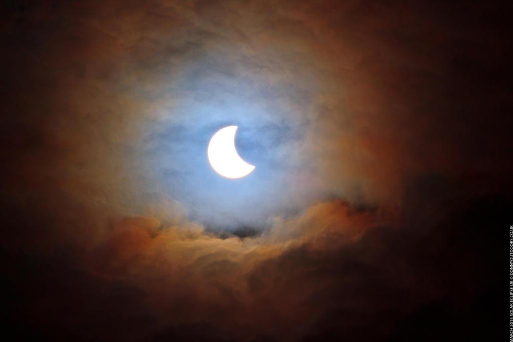Solar Eclipse 2015 by ChrisDonohoe