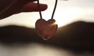 Heart in the sun by Karnoffel
