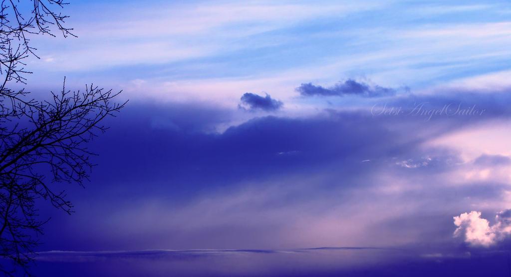 Heaven's sky by Angie-AgnieszkaB