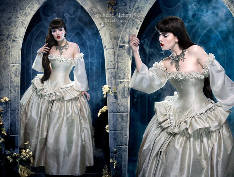 Literary Gothic Heroine by silvergrey