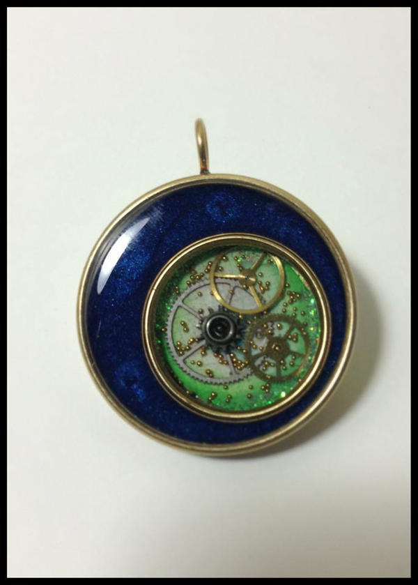 Blue round pendant by sillysarasue