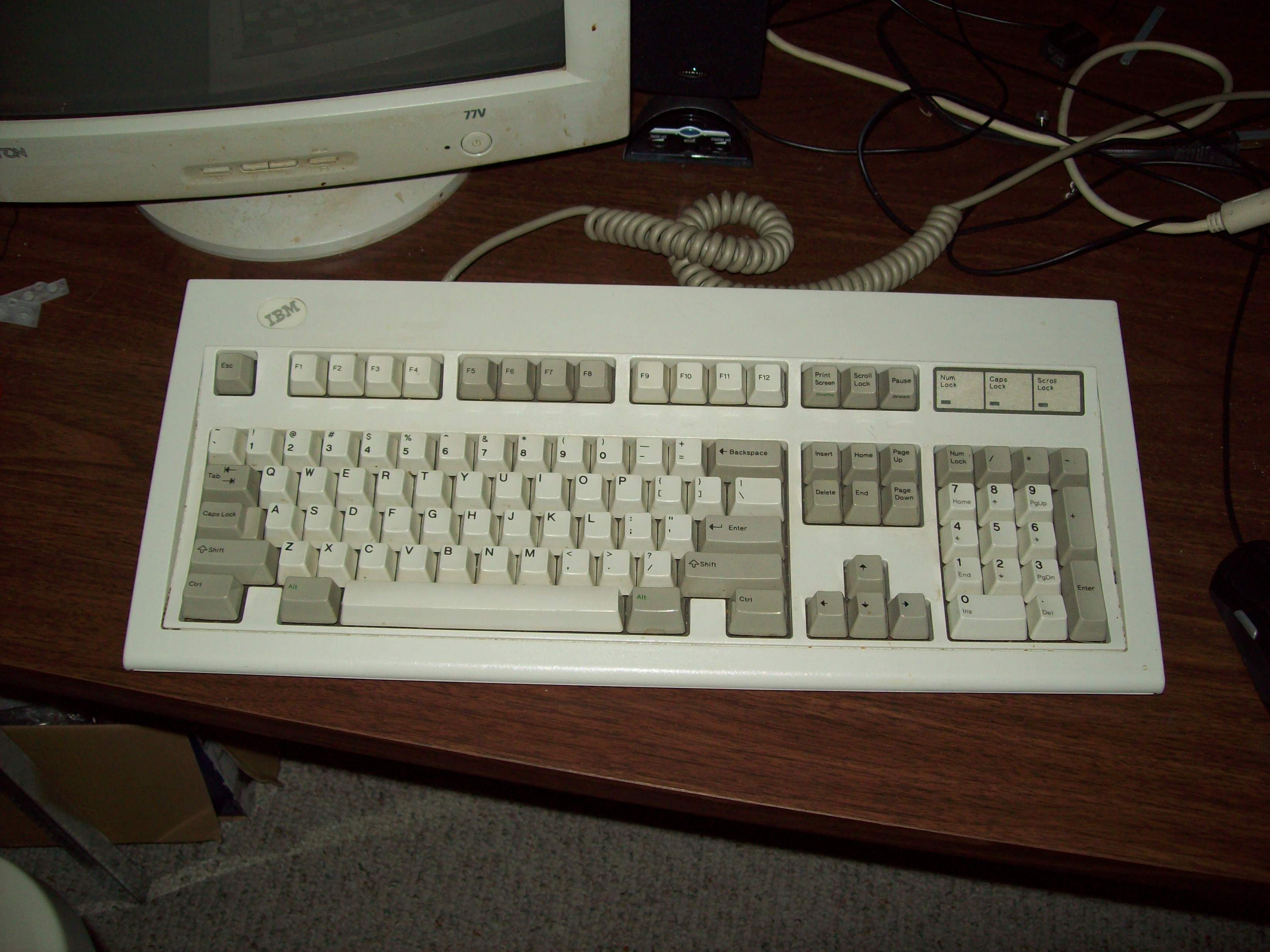 Backslash key placement on keyboards - Tech Support Forum