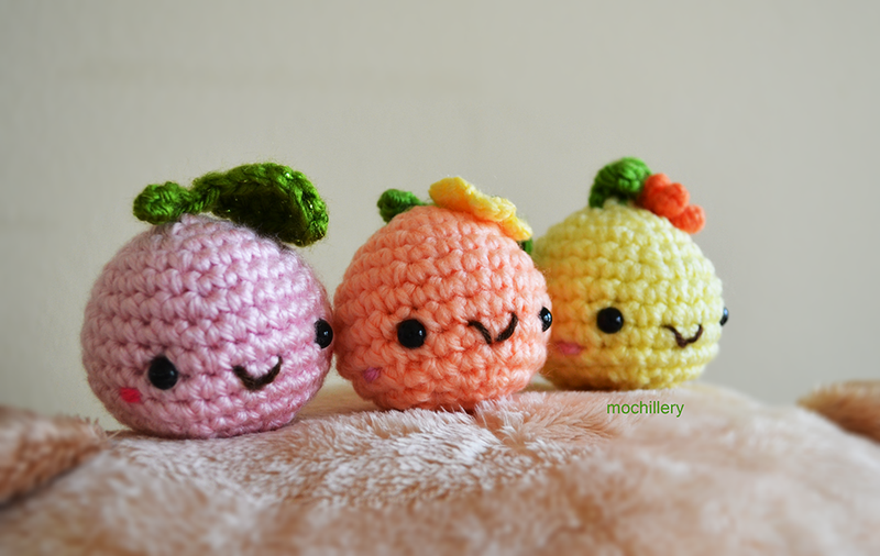 Happy fruits by mochillery