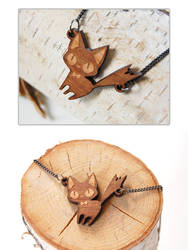 Wooden Cat Necklaces by Cinnamoron