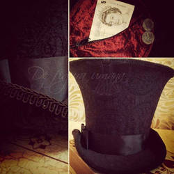 Mad as a Hatter Cosplay- Inside my Hat