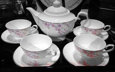 Cherry Blossom Tea Set by Zougeiro-Hato
