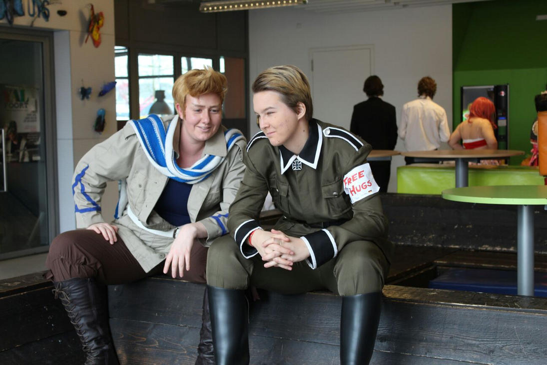 Germany and Holland chatting by Hungry-for-Tulips