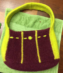 Knit tuck purse