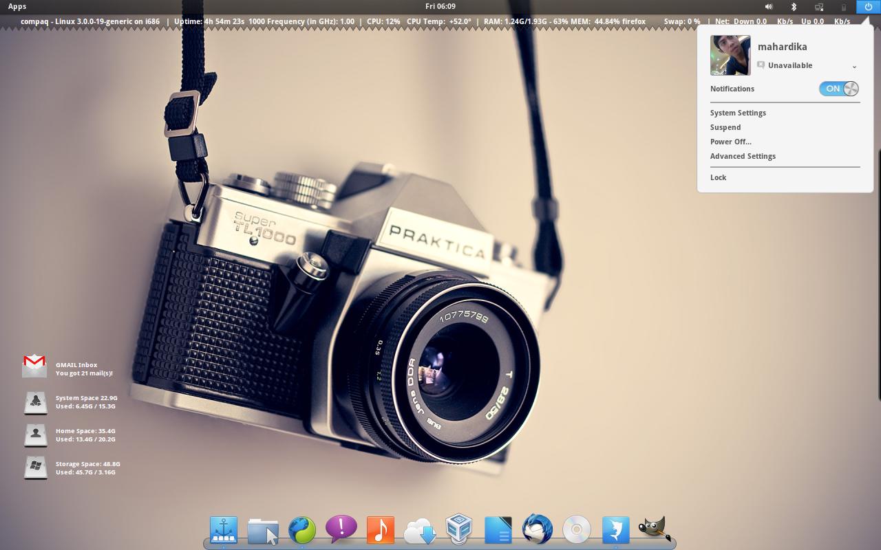 May Current Desktop (May 2012) by yo-bhan