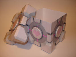 Companion Cube Box Papercraft by Skele-kitty
