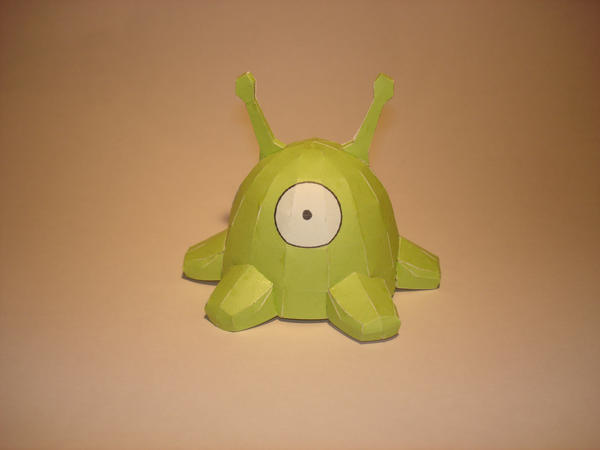 Brain Slug Papercraft by Skele-kitty