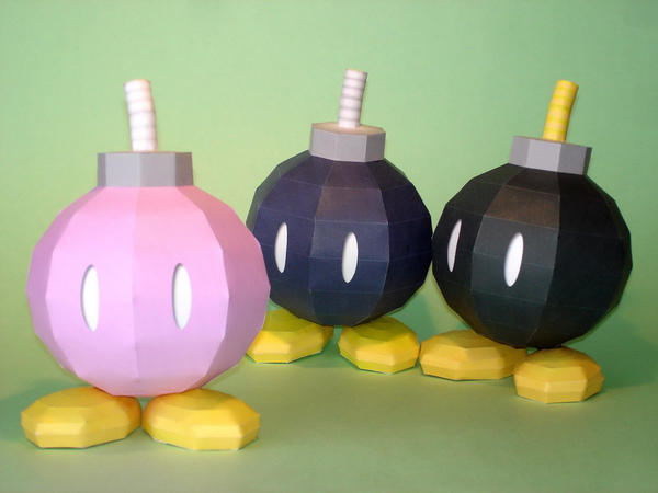 Bob-omb Papercraft by Skele-kitty