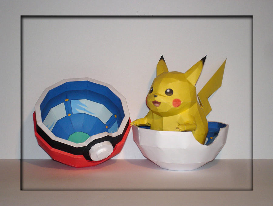 Pikachu + Pokeball Papercraft by Skele-kitty