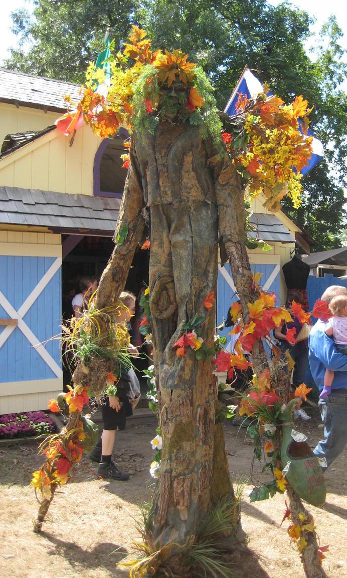Yes it is a Walking Tree by Dygyt-Alice