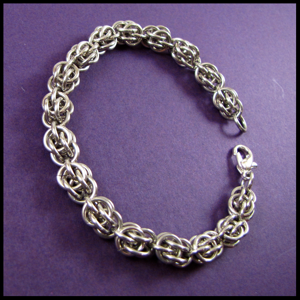 Make A Chain Mail Bracelet: Sweet Pea Chainmail Bracelet By Redpandachainmail On